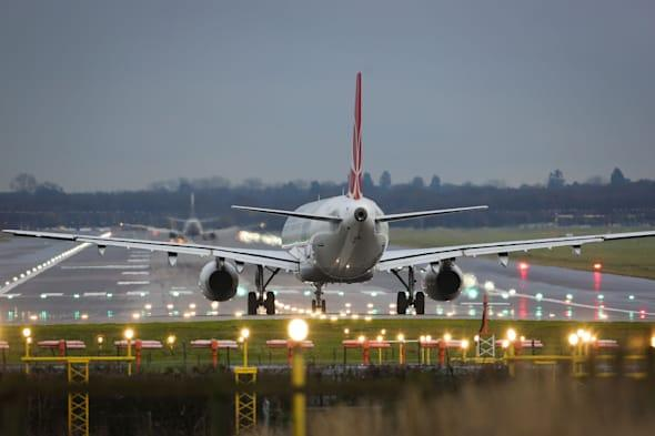 firefighters respond to full emergency at Gatwick