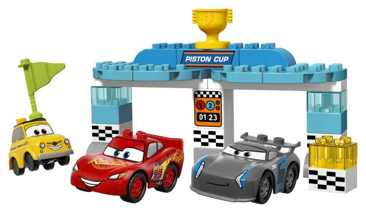 Cars 3 Lego Does Lightning Mcqueen And Crew In New