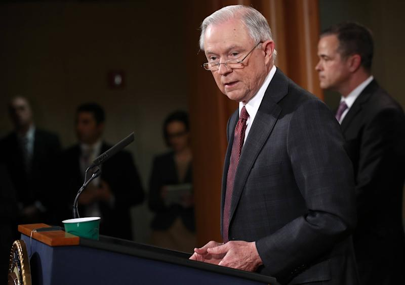 'Recuse' Lookups Spike During Sessions Scandal