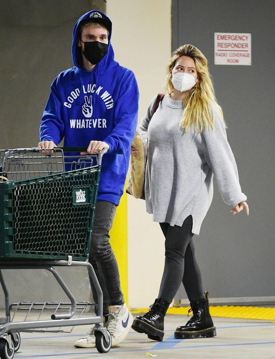 <p>Pregnant Hilary Duff and husband Matthew Koma go for a grocery run at a Whole Foods in L.A. on Monday.</p>