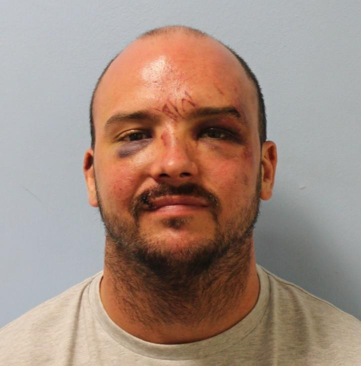 Vicente Forde disguised himself as an Amazon driver and brandished a shotgun at a homeowner. (Metropolitan Police)