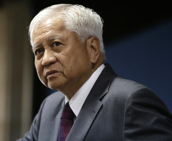 "Philippine Foreign Affairs Secretary Albert Del Rosario listens to a question during a news conference Wednesday June 19, 2013 in Manila, Philippines where he talked about three big issues involving the Philippines that included the presence of the Philippine contingent to the UN peacekeeping forces at the Golan Heights. Del Rosario said the Philippines still is committed to keep the Philippine peacekeepers until August 3, 2013 and subject to ""conditionalities"" beyond the period. (AP Photo/Bullit Marquez)"