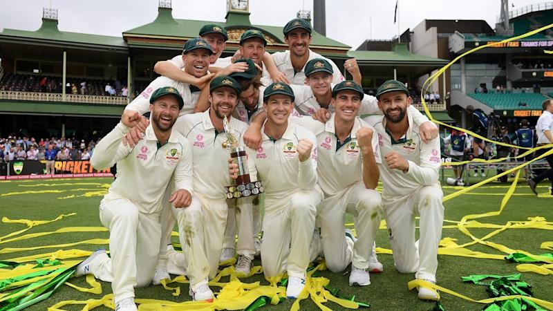 Australia celebrate their 3-0 series clean sweep over New Zealand at the SCG