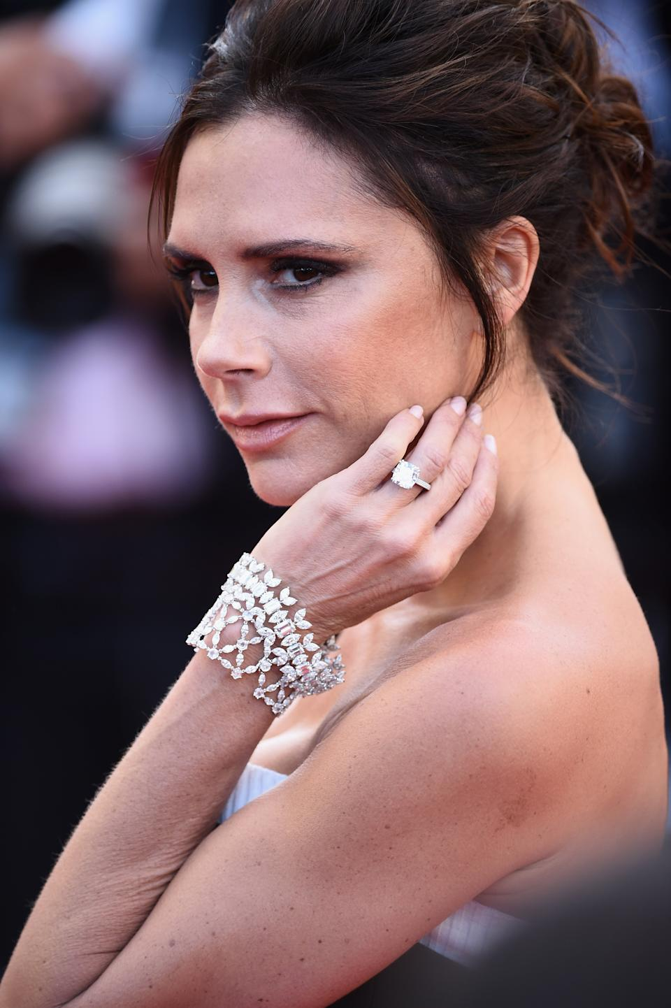 Victoria Beckham has a selection of emerald cut engagement rings. (Getty Images)