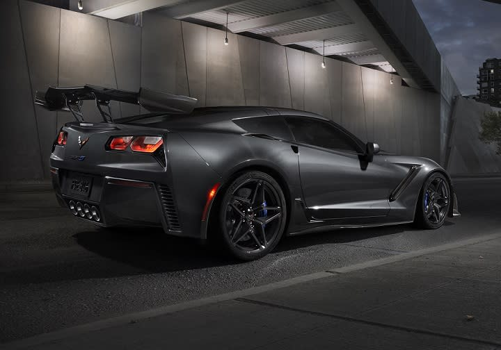 2019 Chevrolet Corvette ZR1 Rear Quarter Right Photo