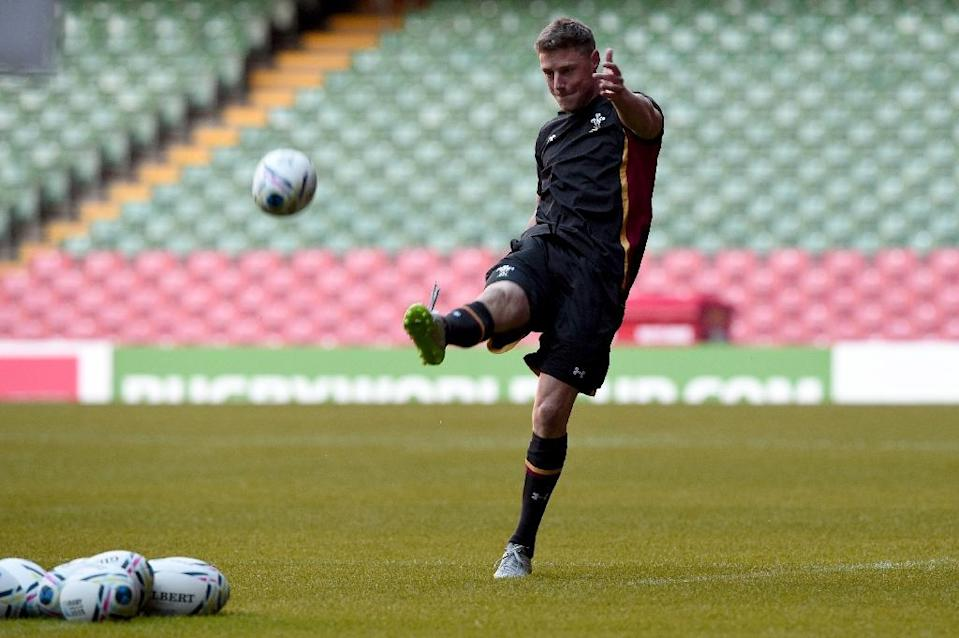 Wales' fly half Rhys Priestland attends a training session at the Millennium stadium in Cardiff on September 18, 2015 (AFP Photo/Damien Meyer)
