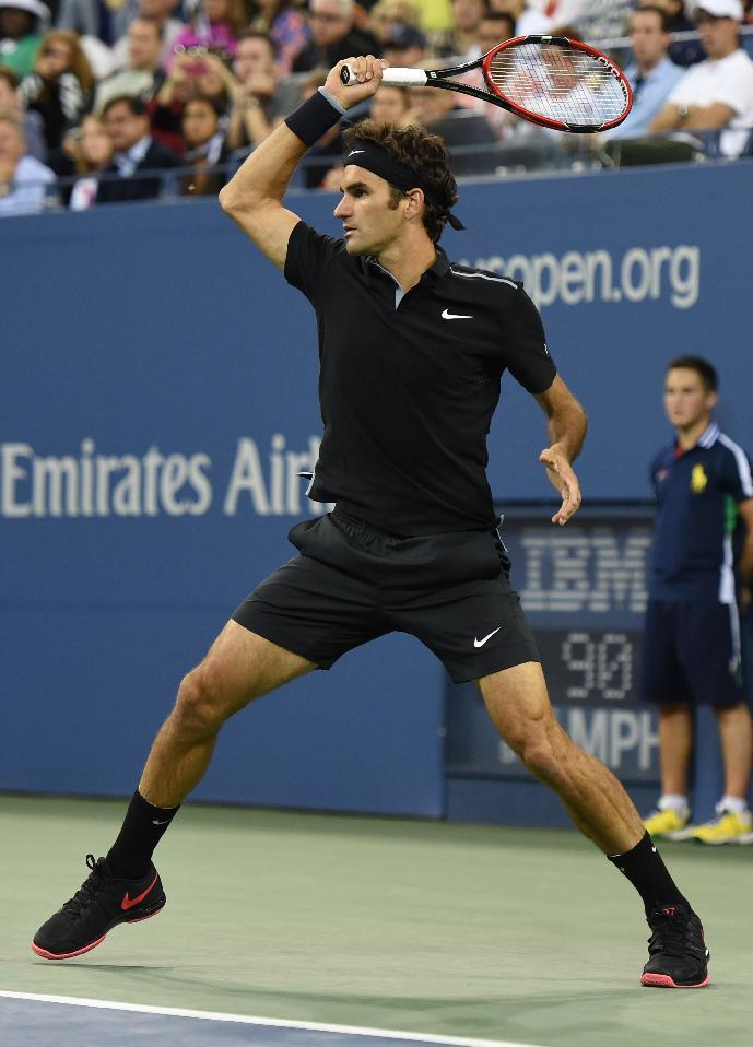 Tennis - Federer into US Open third round