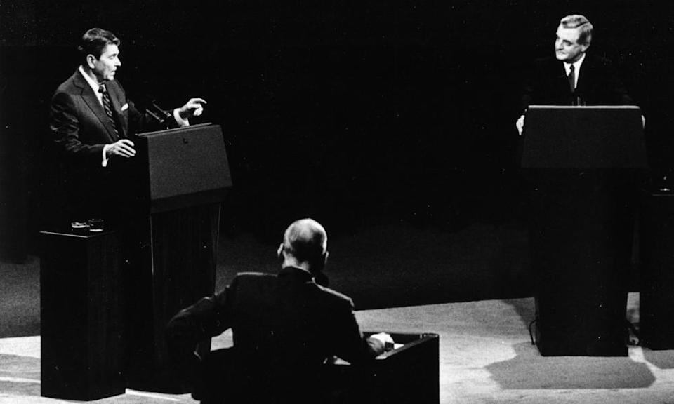President Ronald Reagan, left, and his Democratic challenger Walter Mondale, right, during their televised presidential debate in Kansas City in 1984. Mondale found his TV appearances daunting.
