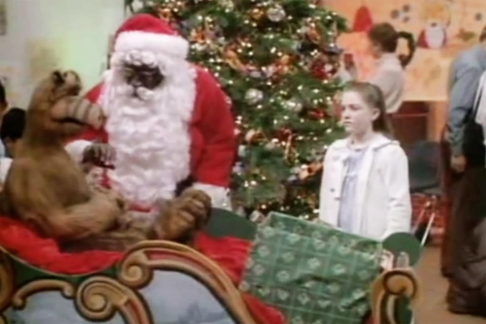 """Cleavon Little as Mr. Foley and Keri Houlihan as Tiffany in """"Alf's Special Christmas."""" (Photo: Alien Productions)"""