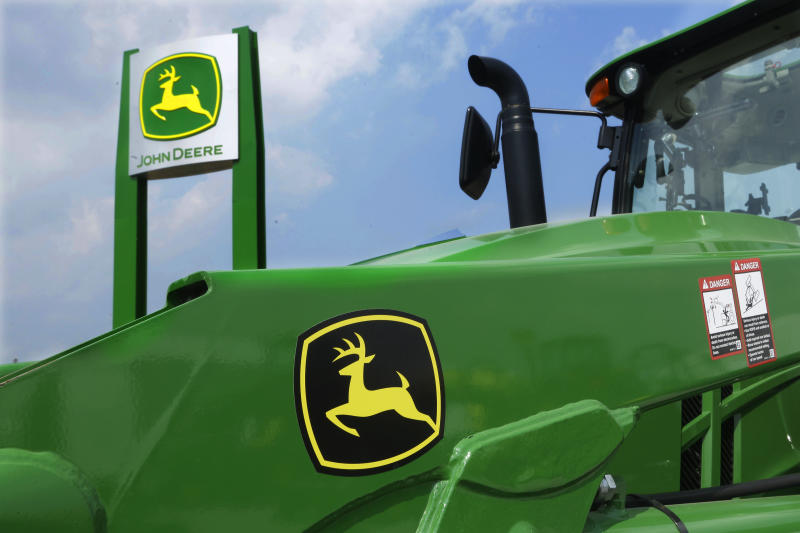 Deere shares jump 7% after earnings beat