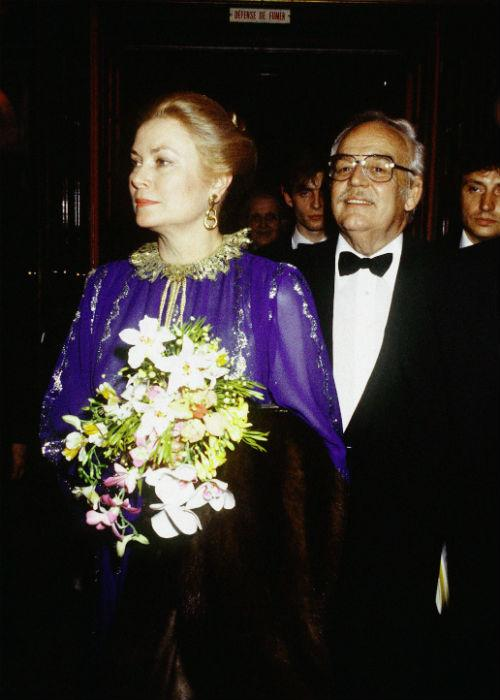 <b>6. Prince Rainier III & Grace Kelly: </b><br>Prince Rainier III of Monaco with Princess Grace Kelly arriving at Bouglione Circus in 1977, in Paris, France.
