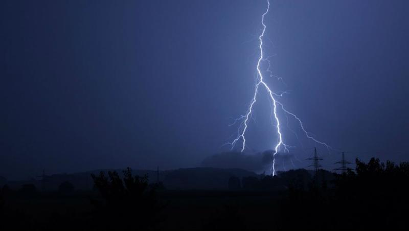 Bihar: 16 Dead Due to Lightning Strikes, CM Nitish Kumar Urges People to Remain Vigilant and Stay Indoors