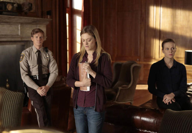 "Followers Amanda (guest star Marin Ireland), Roderick (guest star Warren Kole) and Louise (guest star Annika Boras) discuss plans for the future with Joe Carroll in the ""Love Hurts"" episode of ""The Following."""