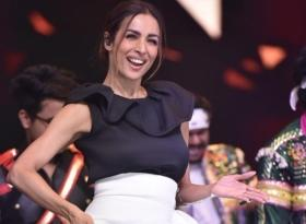 Malaika Arora spreads magic with her killer moves on stage of 'Dance India Dance 7'