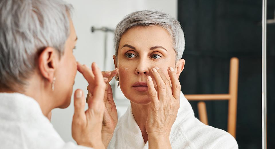 Finding a skincare product that aims to reduce the appearance of ageing, fine lines, dark spots, and hydrate our skin, is a win win in our books. (Getty Images)
