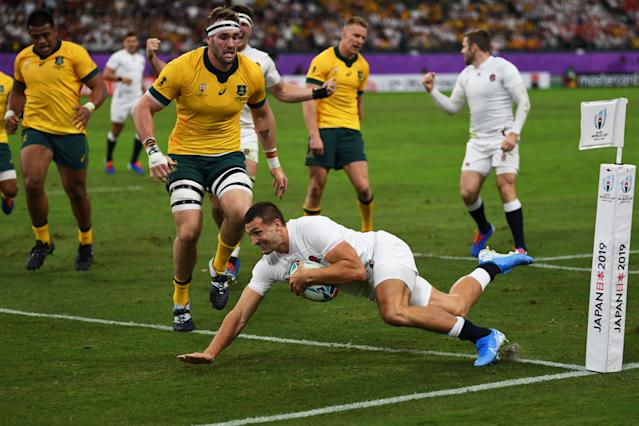 Jonny May scores the opening try of the match (Photo by CHARLY TRIBALLEAU/AFP via Getty Images)
