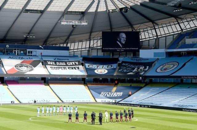 Manchester City and Leeds stood for two minutes before the early Premier League kick off