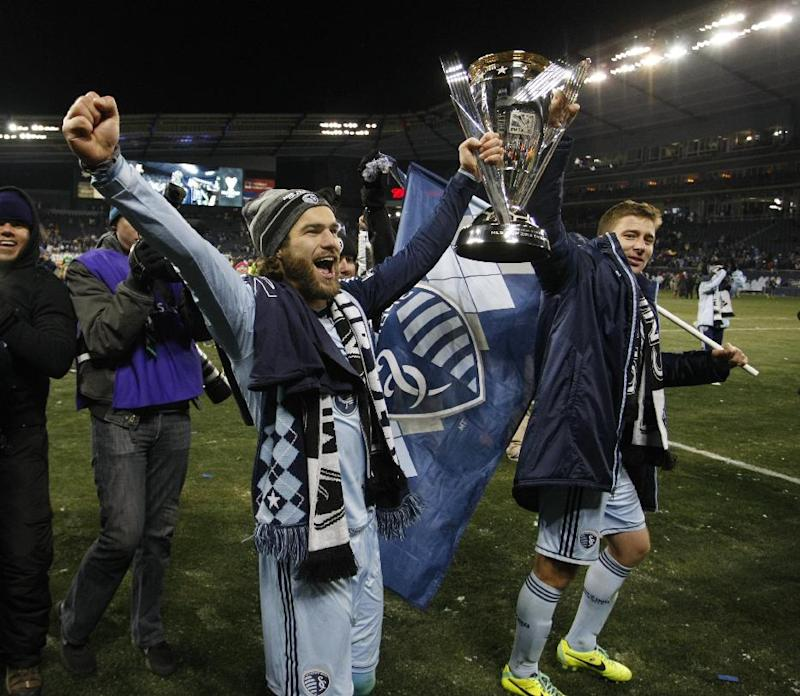 Sporting KC locks up World Cup stars Zusi, Besler