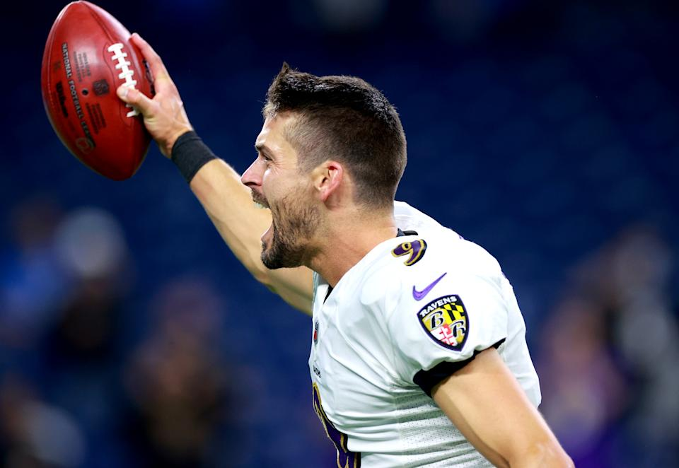 DETROIT, MICHIGAN - SEPTEMBER 26: Justin Tucker #9 of the Baltimore Ravens celebrates the winning field goal at the end of the game against the Detroit Lions at Ford Field on September 26, 2021 in Detroit, Michigan. (Photo by Rey Del Rio/Getty Images)
