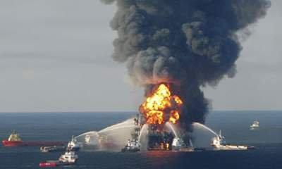 BP Spill: Staff 'Face Manslaughter Charges'