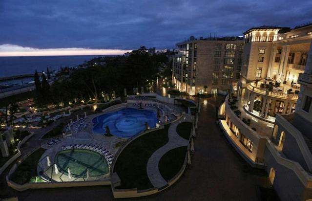 The five-star Swissotel Resort Sochi Kamelia offers the Brazil squad a beach and tight security