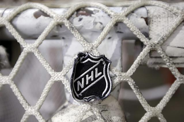 """The executive board of the NHL Players' Assn. on Wednesday approved a proposed new collective bargaining agreement with the NHL and referred the tentative agreement to its full membership for a vote. <span class=""""copyright"""">(Mark Humphrey / Associated Press)</span>"""
