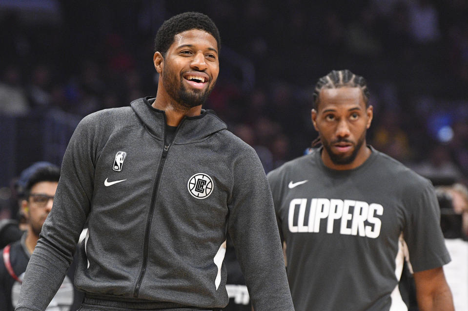 Paul George and Kawhi Leonard are both among the best two-way players in the NBA. (Brian Rothmuller/Icon Sportswire via Getty Images)