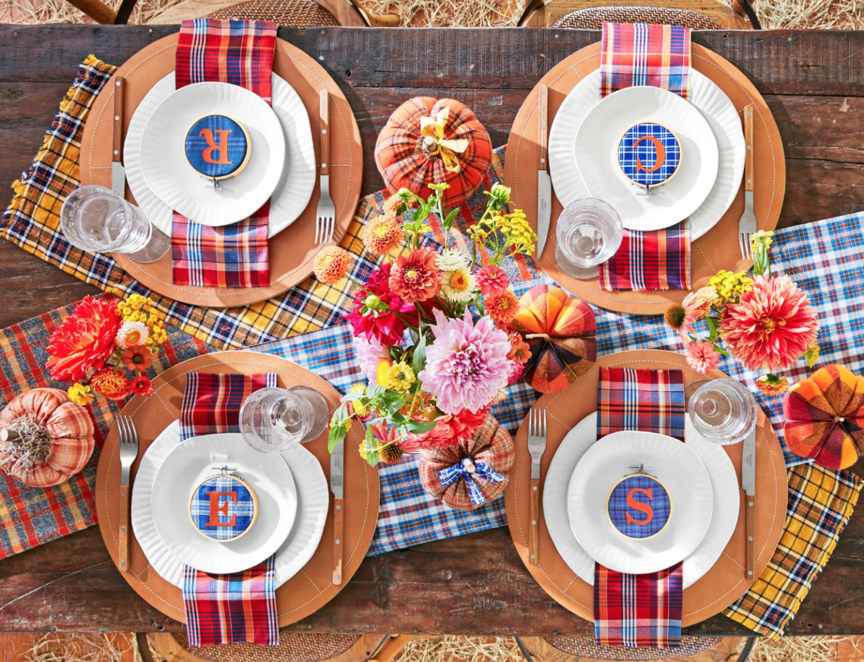 "<p>There's no need to reuse the same Thanksgiving decorations year after year! This holiday season, create an inviting, unique <a href=""https://www.countryliving.com/fall/"">fall</a> scene with a few new DIY projects. From rustic <a href=""https://www.countryliving.com/entertaining/g634/thanksgiving-table-settings-1108/"">Thanksgiving table settings</a> to easy Thanksgiving decorating ideas for your living and dining room, there's a new idea in here for just about every hostess-to-be—regardless of her personal style or taste. Craft <a href=""https://www.countryliving.com/entertaining/g2130/thanksgiving-centerpieces/"">Turkey Day centerpieces</a> to delight all your <a href=""https://www.countryliving.com/food-drinks/g637/thanksgiving-menus/"">Thanksgiving dinner</a> guests, make charming ice buckets out of craft pumpkins, or string together miniature wreaths with which to decorate your candles. When it comes to DIY decor, the possibilities are endless! </p><p>Looking for outdoor Thanksgiving decorations too? We've got a ton of those: Our Thanksgiving <a href=""https://www.countryliving.com/diy-crafts/g2610/fall-door-decorations/"">door decor</a> ideas and <a href=""https://www.countryliving.com/diy-crafts/g1988/fall-craft-projects/"">DIY fall wreaths</a> are an easy way to refresh your <a href=""https://www.countryliving.com/home-design/decorating-ideas/g2621/fall-porch-decorating/"">front porch</a> and make a lasting impression on your guests—before they even set foot in your home. Of course, on <a href=""https://www.countryliving.com/life/a25020918/what-day-is-thanksgiving/"">Thanksgiving</a>, the dining room table should be considered the crown jewel of your home. That's why we've put so much extra thought into Thanksgiving table decorating ideas that'll delight your entire family—even your youngest kids. Whether you're looking for a fun kraft paper tablecloth, a printable banner, or an inexpensive arrangement, we've got you covered.</p>"