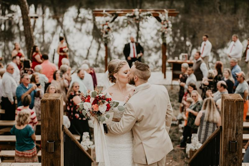 """Chris and Bethanie Rose had a gorgeous fall wedding at Hiwassee River Weddings and Events."" -- <i>Autumne Shultz </i>"