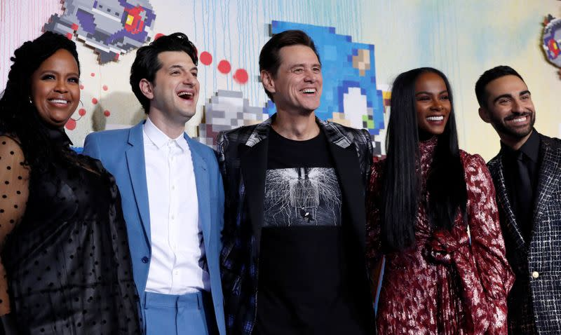 """Cast members Rothwell, Schwartz, Carrey, Sumpter and Majdoub pose at the premiere of """"Sonic the Hedgehog"""" in Los Angeles"""