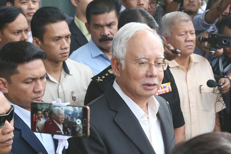 Former prime minister Datuk Seri Najib Razak has dropped his legal action against three senior government officials leading investigations into the 1MDB corruption scandal. — Picture by Azinuddin Ghazali