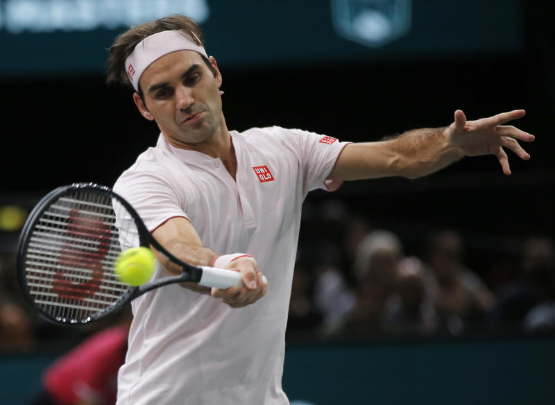 Novak Djokovic, Roger Federer set up mouth-watering Paris Masters semifinal