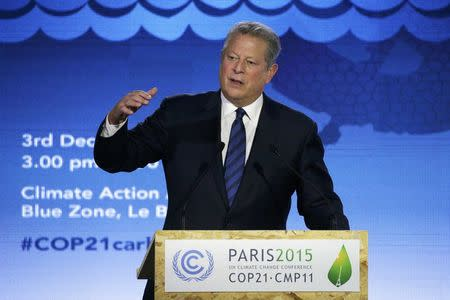 FILE PHOTO - Al Gore, former U.S. Vice President and Climate Reality Project Chairman, delivers a speech at the World Climate Change Conference 2015 (COP21) in Le Bourget, near Paris, France, December 3, 2015. REUTERS/Jacky Naegelen/File Photo