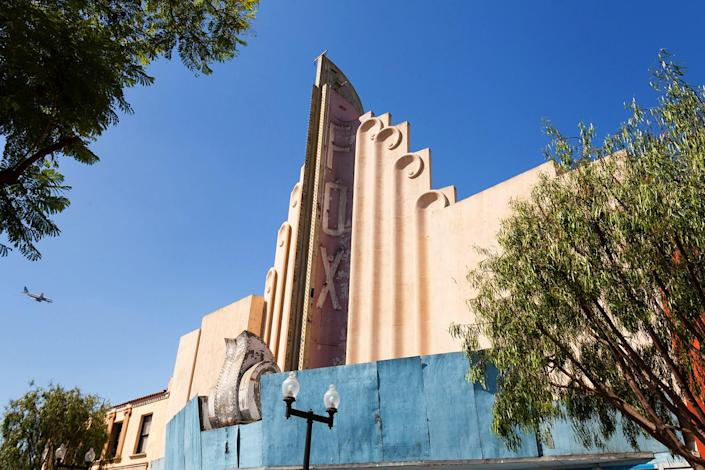 """<p>He added: """"Seeing theaters in a state of disrepair is sad — and this will sound weird, but I like the way buildings decay."""" (Photo: Matt Lambros/Caters News) </p>"""
