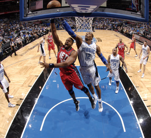 Howard leads Magic to easy 86-70 win over Nets