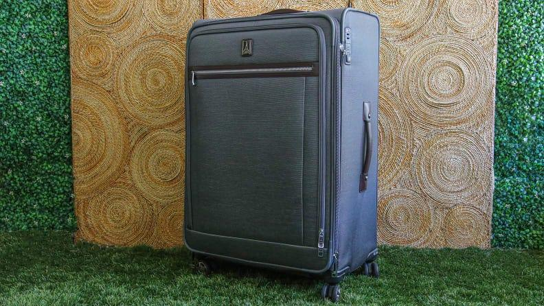 If you need a great piece of checked luggage, the Travelpro Platinum Elite 29 Inch Expandable Spinner is the suitcase to get.