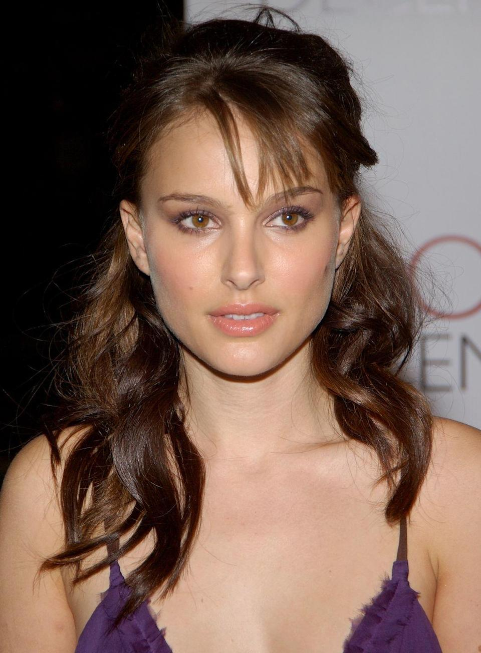 <p>Thanks to her role in the <em>Star Wars</em> franchise, Natalie Portman was one of the biggest up-and-coming actresses circa the late '90s and early 2000s. She was also known for her red carpet style and long brown hair.</p>