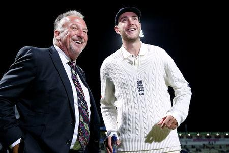 Cricket - England vs West Indies - First Test - Birmingham, Britain - August 19, 2017   England's Stuart Broad with Ian Botham after becoming England's second highest wicket taker in test matches   Action Images via Reuters/Paul Childs