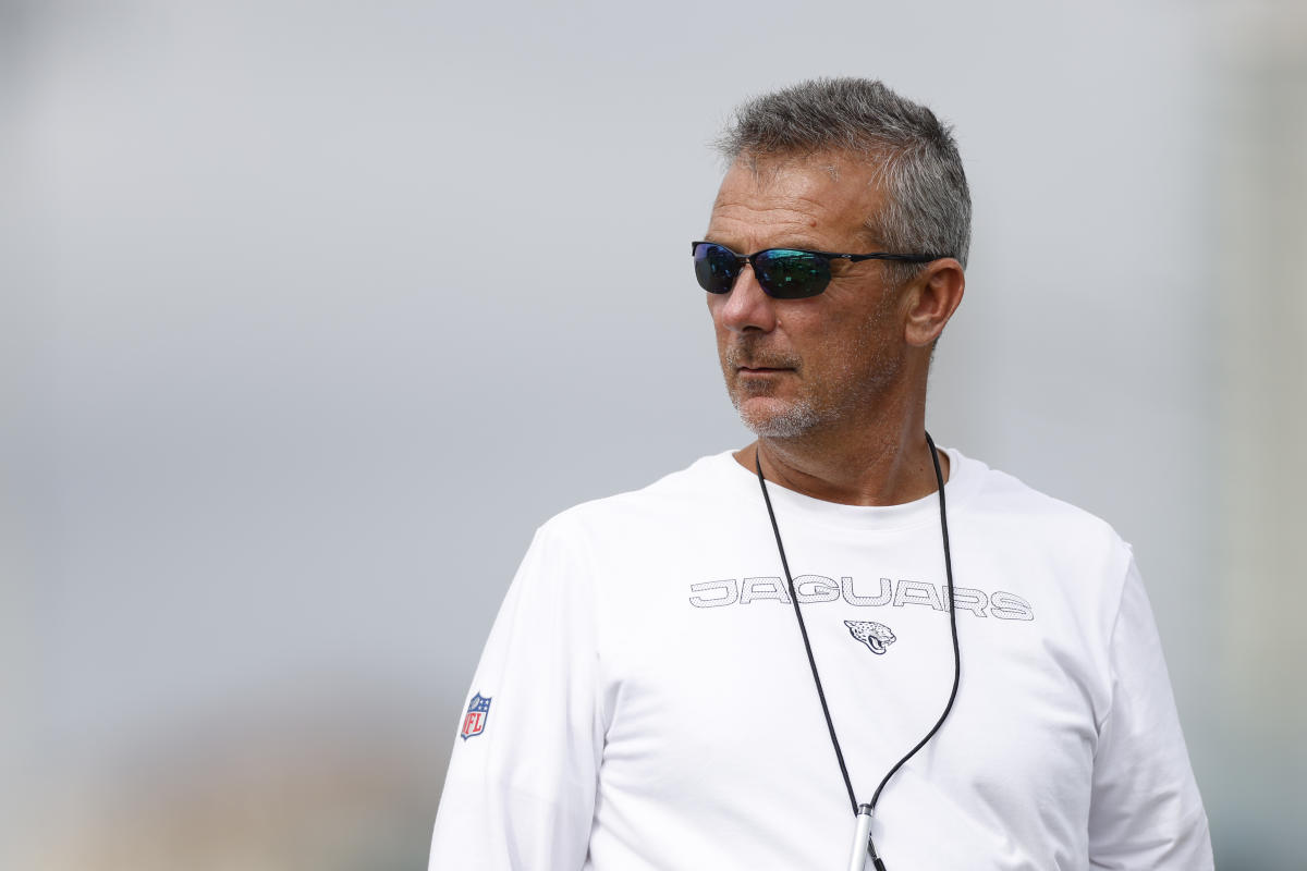 Urban Meyer admits players' vaccination status played role in Jaguars' roster cuts – Yahoo Sports