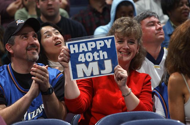 Wizards fans were plenty happy with their 40-year-old legend. (Photo by Doug Pensinger/Getty Images)
