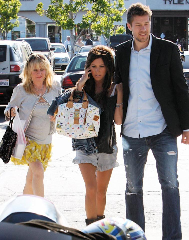 """High School Musical"" cutie Ashley Tisdale, her mom, and her giant boyfriend Scott Speer were also out shopping in the seaside community. Maciel-Campos-Gros-Walsh/<a href=""http://www.x17online.com"" target=""new"">X17 Online</a> - May 9, 2010"