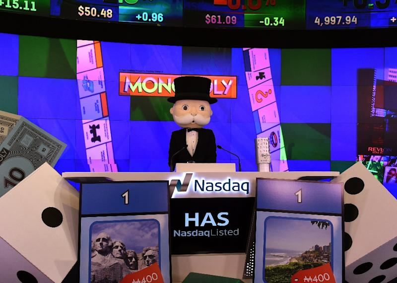 With Monopoly Voice Banking, Hasbro brings its beloved game into the era of voice assistants: an electronic version of Mr Monopoly's top hat sits in the middle of the board, talking -- and listening -- to players