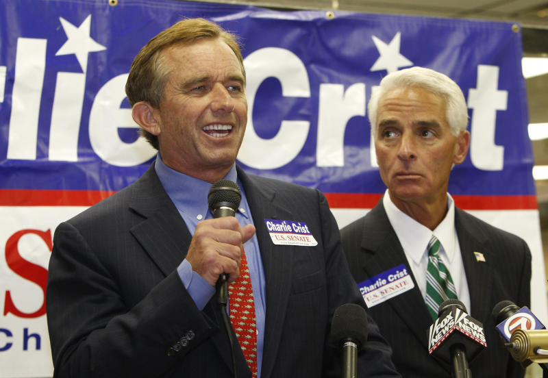 Robert F. Kennedy Jr., left, speaks during a news conference as he endorses Gov. Charlie Crist, right, in Crist's independent candidacy for the Senate, Wednesday, Oct. 13, 2010 at Shelby's Kitchen & Deli in Deerfield Beach, Fla. (AP Photo/Wilfredo Lee)