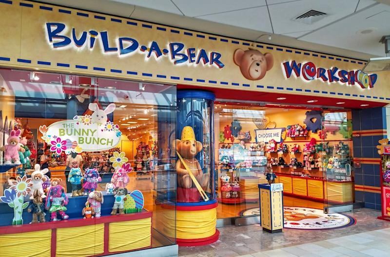 Mom Forces Kid Guests To Hand Over Their Build A Bears At Daughters Birthday Party