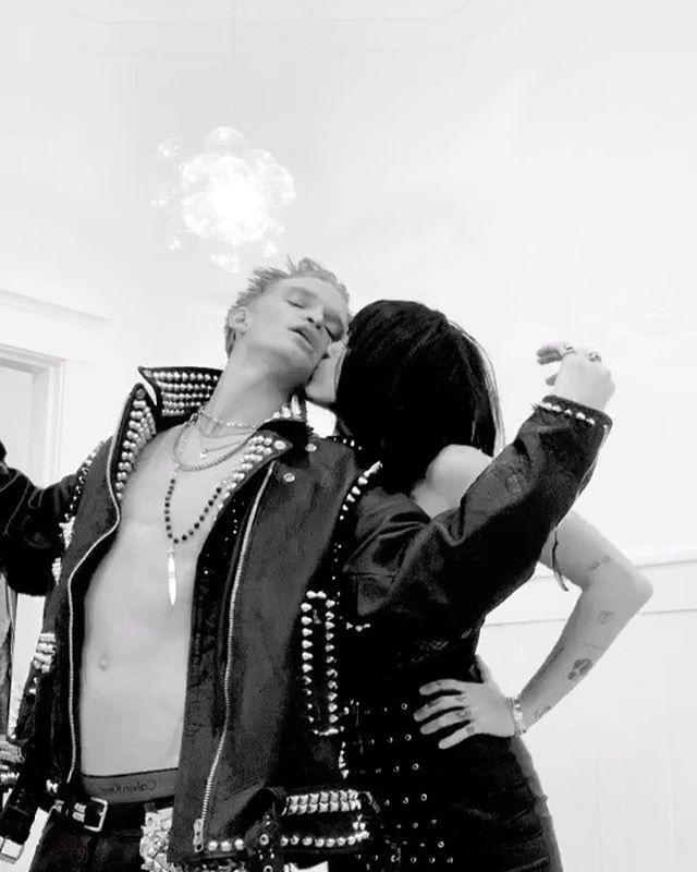 """<p>If you and your boo are looking for a couples costume (and happen to have a lot of leather on hand), dress up as Billy Idol and Perri Lister, who dated all throughout the '80s.</p><p><a href=""""https://www.instagram.com/p/B4T4vK2p_P5/?utm_source=ig_embed&utm_campaign=loading"""" rel=""""nofollow noopener"""" target=""""_blank"""" data-ylk=""""slk:See the original post on Instagram"""" class=""""link rapid-noclick-resp"""">See the original post on Instagram</a></p>"""