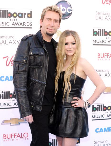 """Avril Lavigne Celebrates """"Wedding Party"""" With Chad Kroeger, Not Married Yet"""