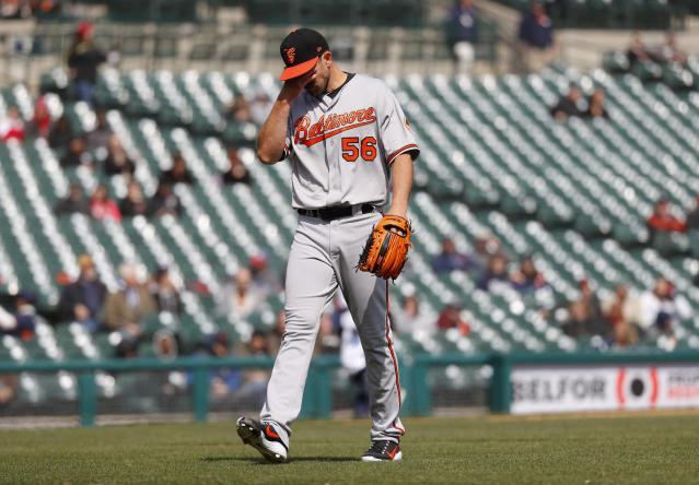 Baltimore Orioles relief pitcher Darren O'Day walks off the field in the eighth inning of a baseball game against the Detroit Tigers in Detroit, Wednesday, April 18, 2018. (AP Photo/Paul Sancya)