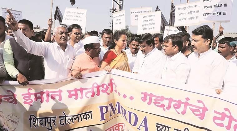 Khed-Shivapur plaza Protest, Pune-Satara Highway toll, Pune and Pimpri-Chinchwad Commuters, Mumbai-Bangalore highway toll-plaza, Pune news, maharashtra news, indian express news