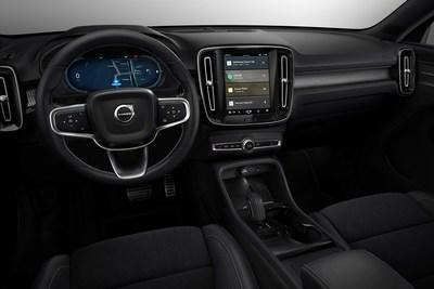 Fully electric Volvo XC40 introduces brand new infotainment system (CNW Group/Volvo Car Canada Ltd.)