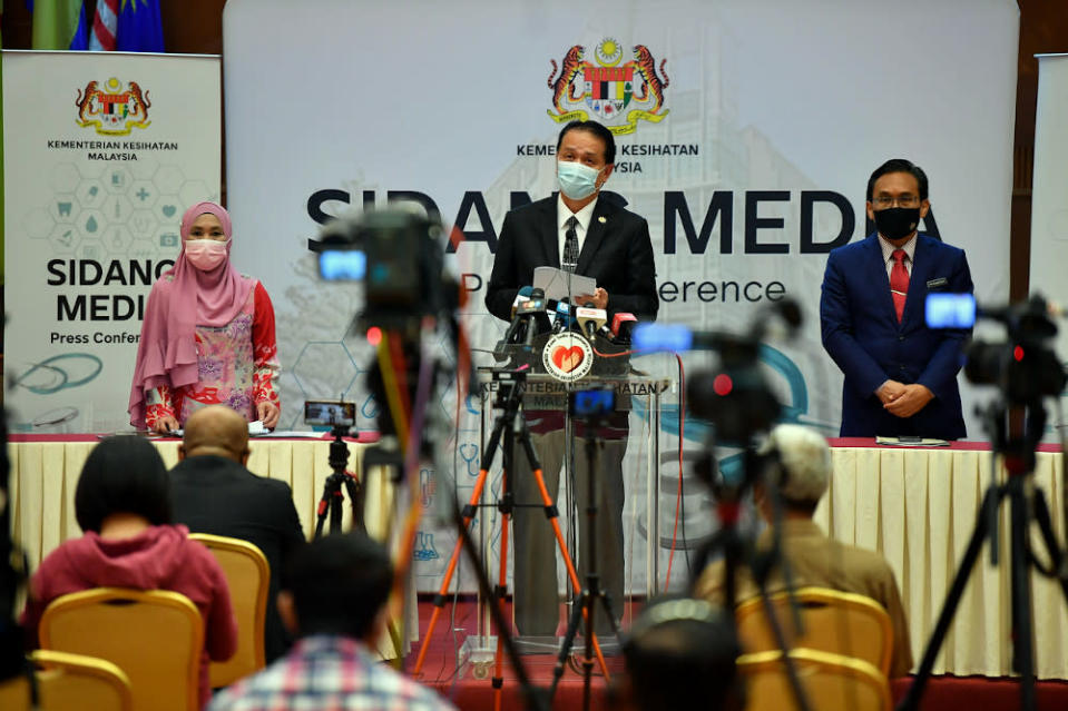 Health director-general Tan Sri Dr Noor Hisham had recently said that according to prediction models, cases will hit 8,000 per day if the basic reproduction number (R-nought or R0) of the virus infection increases to 1.2. — Bernama pic